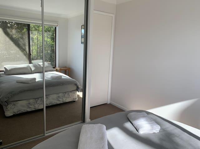 Bedroom (with built-in cupboard)