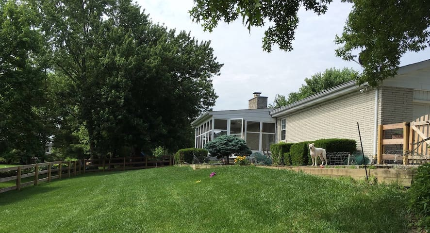 Sweet home in West Chester, Pets are welcome! - West Chester Township - Pousada