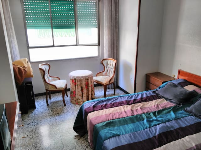 Rent rooms 5 minutes to the city centre. - Villena