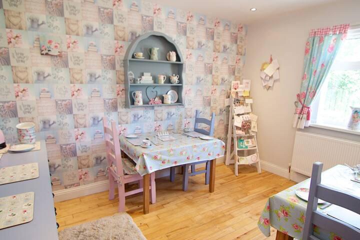 Beautiful Cath Kidston themed breakfast room.