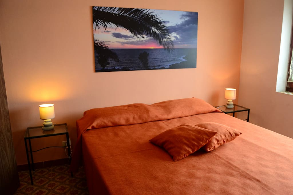 Casa tipica con terrazza su cala cinque denti case in - A letto con mia moglie ...