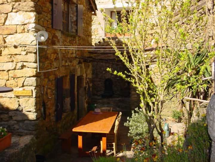 Jolie Petite Maison Cévenole Ardèche