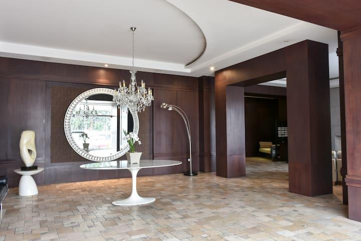 Suite nueva-segura-La Carolina-Quicentro-Ecovía