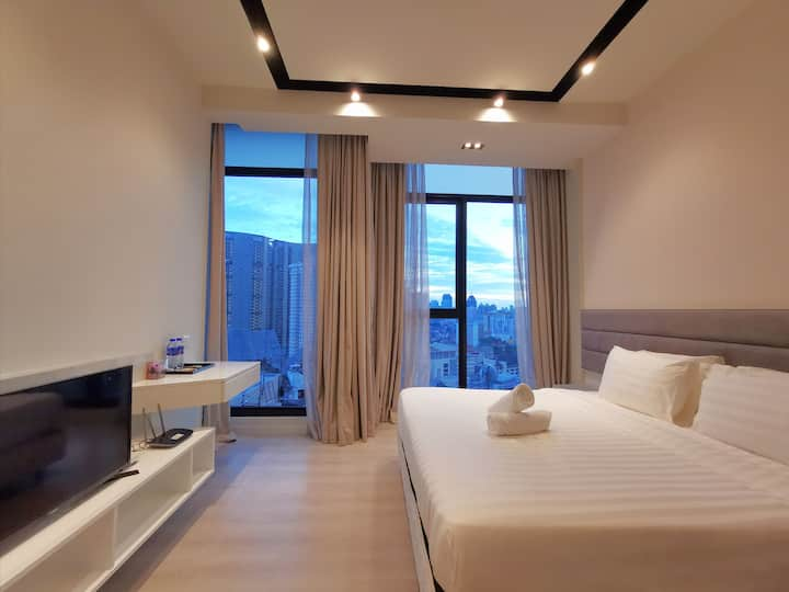 Expressionz-Studio-King-Suite-KLCC-View-Apartment❀