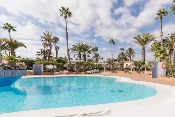 Palm retreat bungalow close to Maspalomas beach