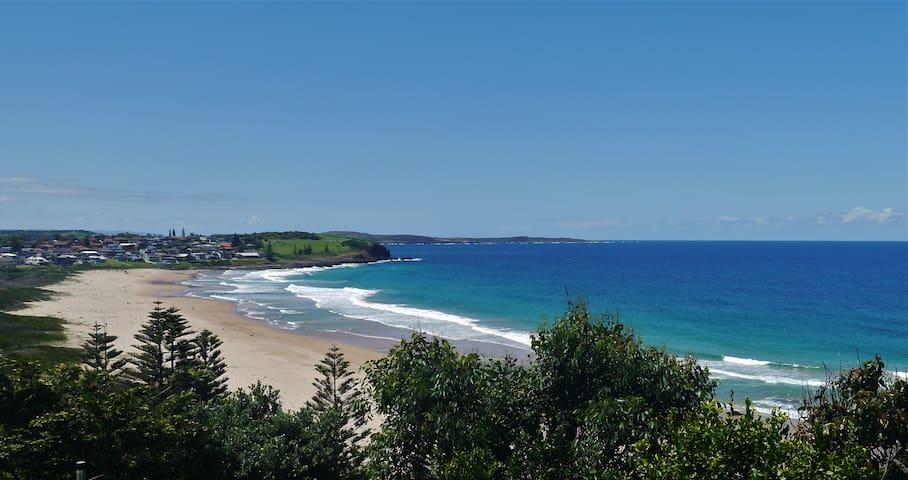 Beach Cliff Escape - Kiama
