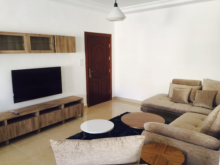 2 bedrooms, fully accommodated!  3rd circle