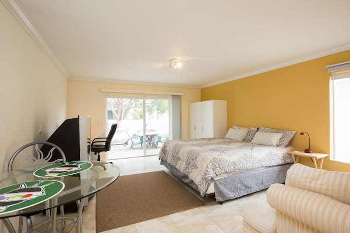 Best studio for your stay.Private! - Pompano Beach - Hus