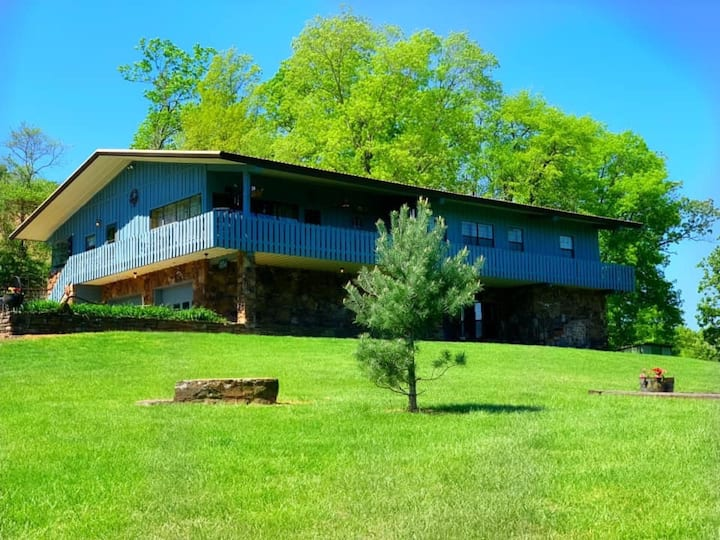 A&M Lodge at Treat's Farm, join us in the country,