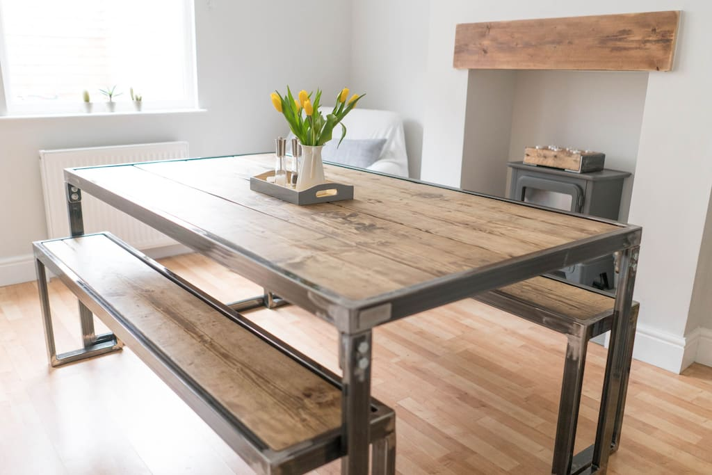 Kitchen diner with bespoke, handmade furniture.