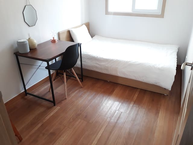 [Open discount][Female Only]1 people, near Hongdae
