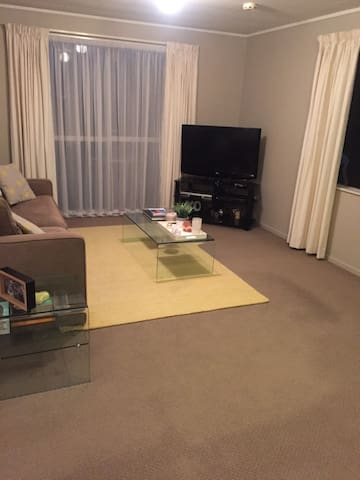 Cozy 2brm place in west auckland for Lions Tour - โอ๊คแลนด์ - บ้าน