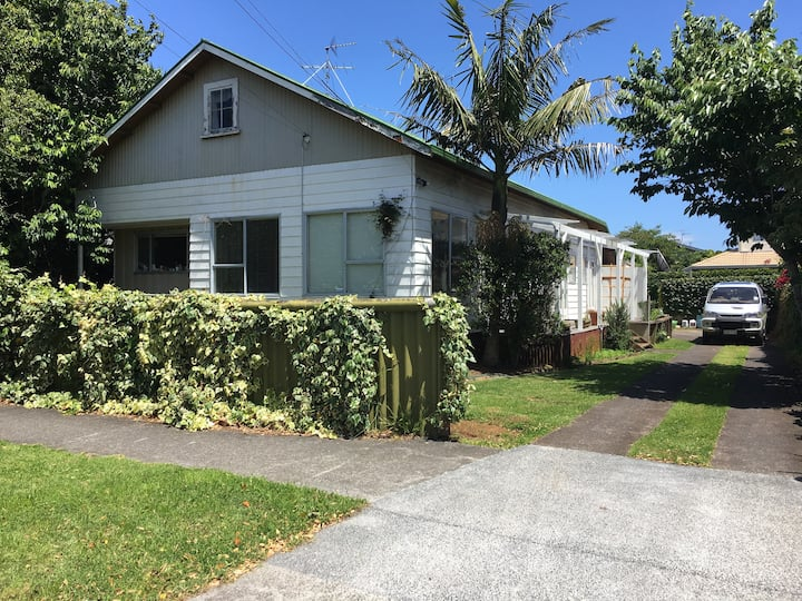 Room in Epsom, an Auckland Central Suburb