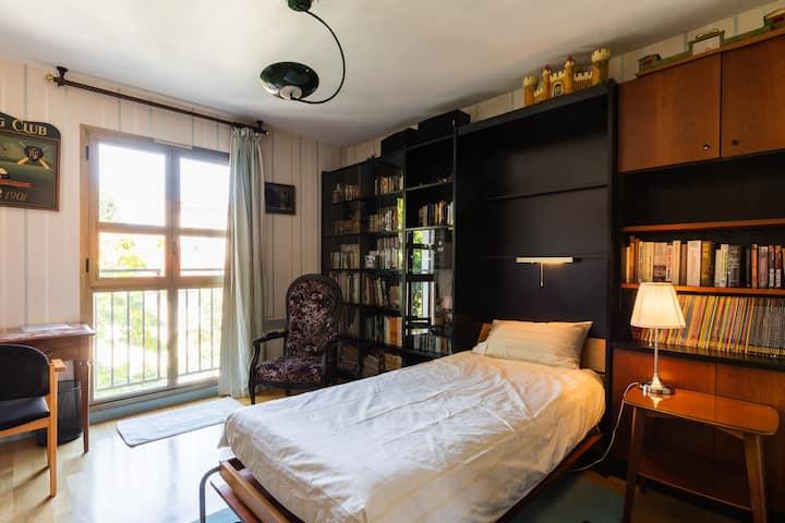 Lyon3  lovely single room