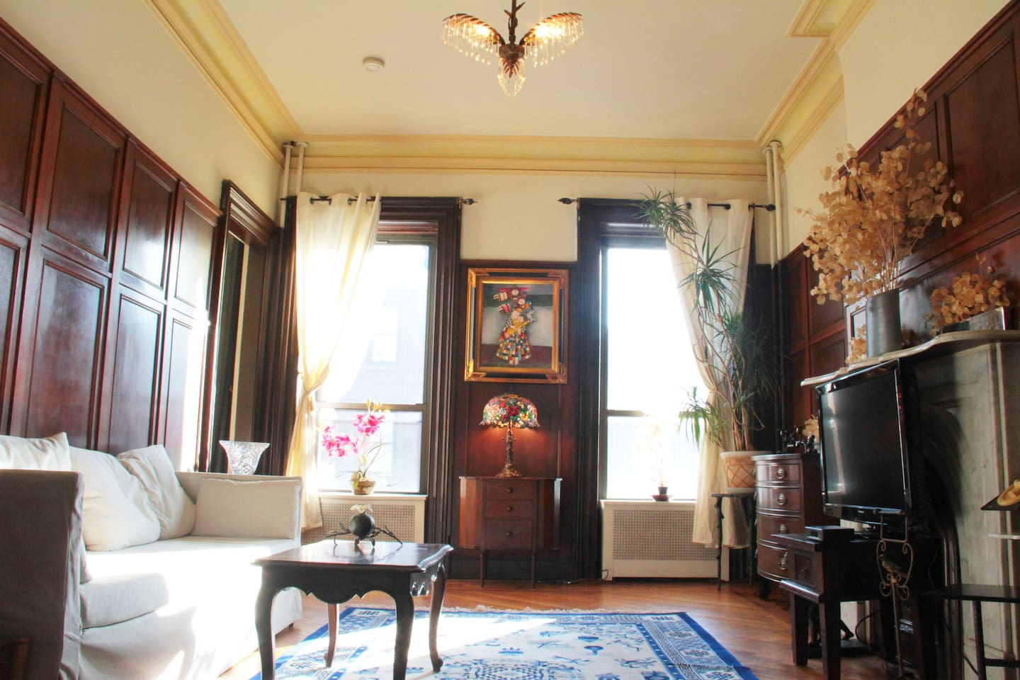 Victorian Living Room morning ambiance