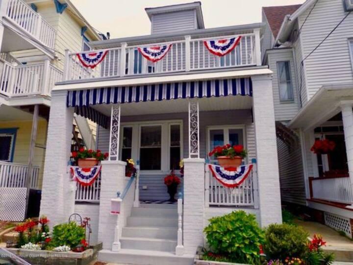 Sunny D House of Ocean Grove