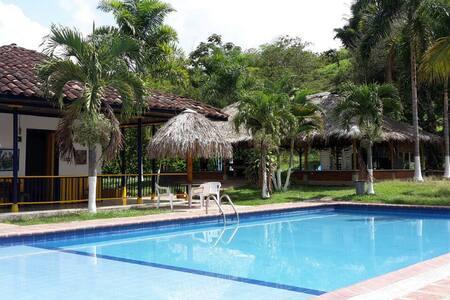 Hacienda Loma Bonita