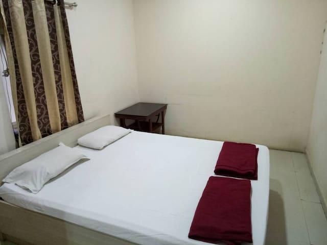 Hotel Ganga Kaveri Yatri Niwas Deluxe Room Non Ac