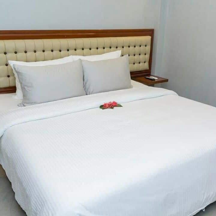 1 Deluxe Room Kingsize bed,Station1