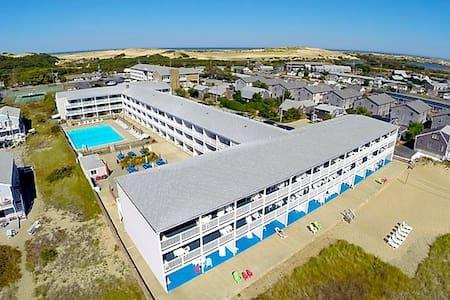 Cape Cod Provincetown 8/2-8/9 Beach Rental