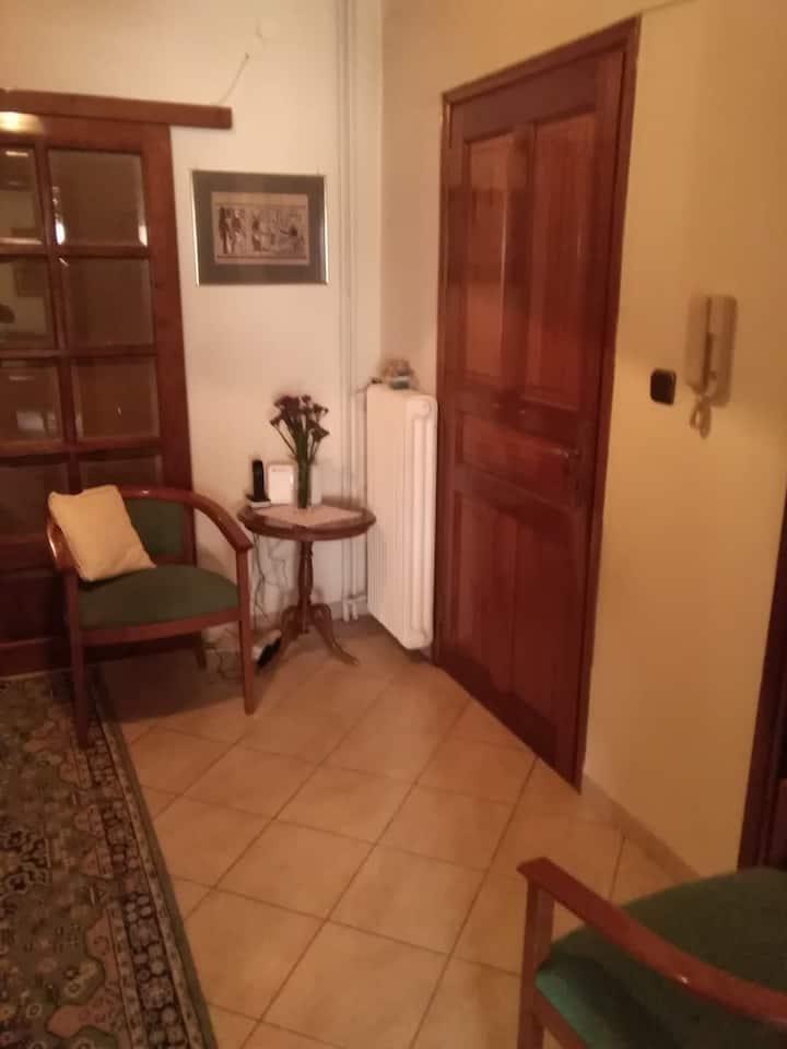 διαμέρισμα άνετο, σύγχρονο, φιλόξενο, καθαρό.