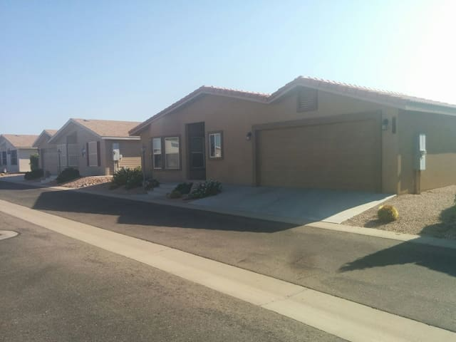 55+ Upscale Retirement Home Near Gold Canyon