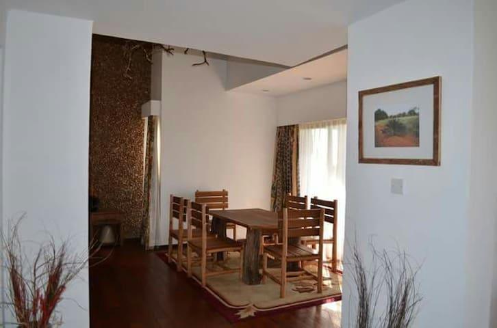 Uvaini House, Naivasha - Naivasha  - Casa