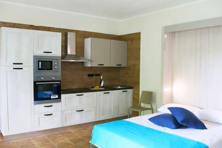 Appartamento 2 posti Nocciolo giardino e barbeque