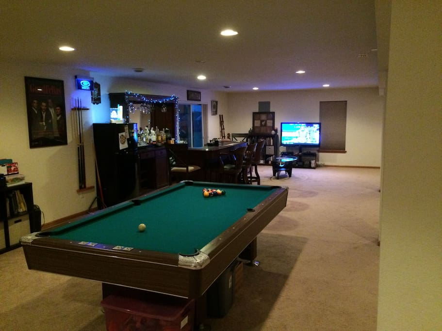 Lower Level Pool Table & Bar