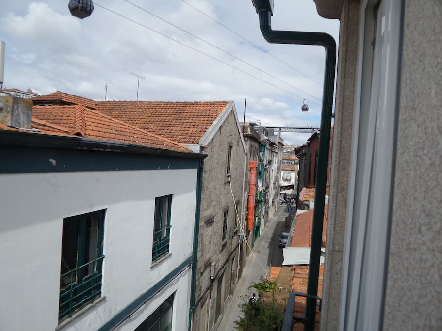 View from the bedroom windows to Ponte D. Luiz I