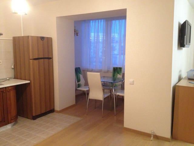 Уютная студия - Velikiy Novgorod - Appartement