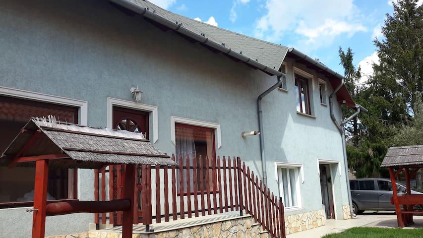 Tinka House Szirma - Tágas apartman a kervárosban!