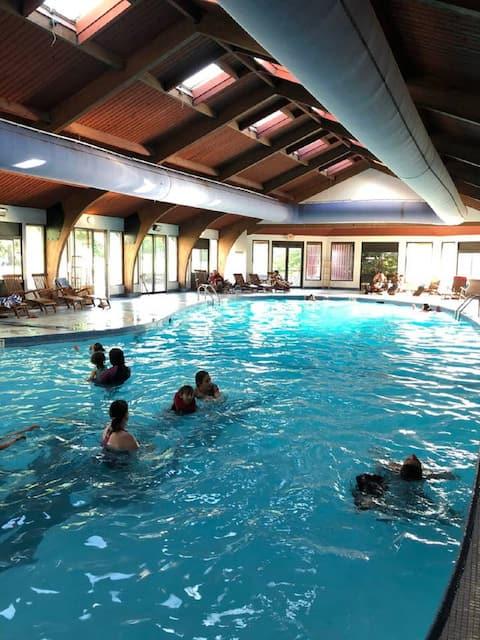 Pocono 2 Bed -Pools-Family Friendly