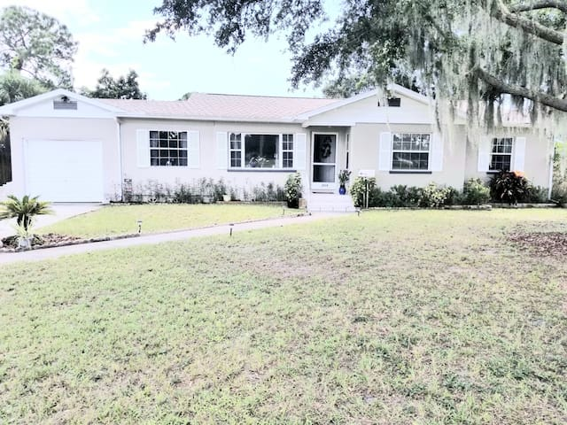 New Listing! Cozy Home Near St. Pete Beach!