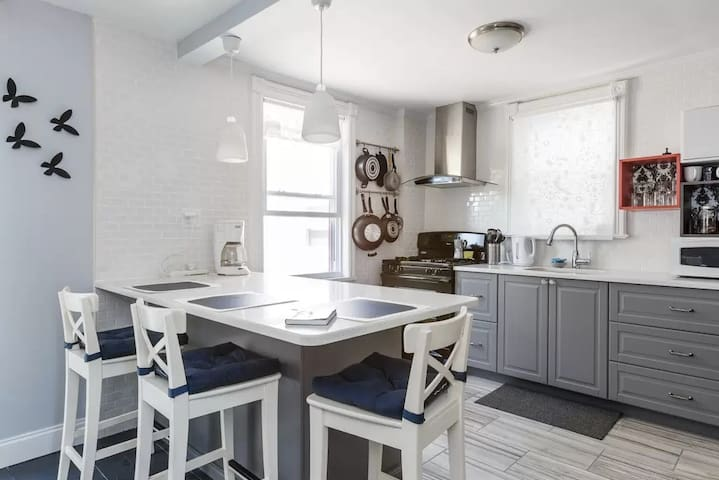 Havana On The Hudson-3 bedr/2bath Home near NYC!! - Union City - Rumah