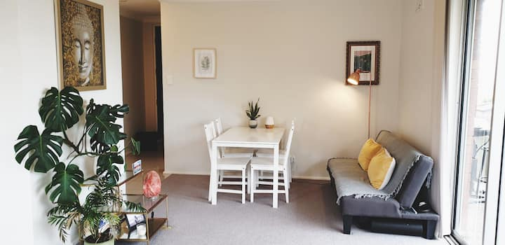 Bright and Spacious Two Bedroom Apartment