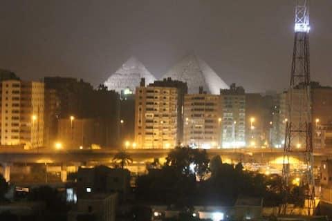 Pyramider Upp och hoppa