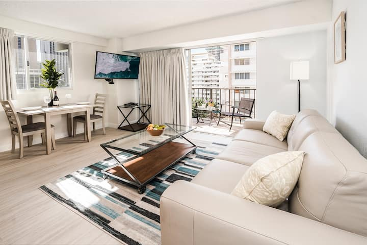 *Professionally Sanitized*City View Waikiki Condo Close To Beach+Free Parking - Waikiki Park Heights City 1 BDR on the 6th Floor A