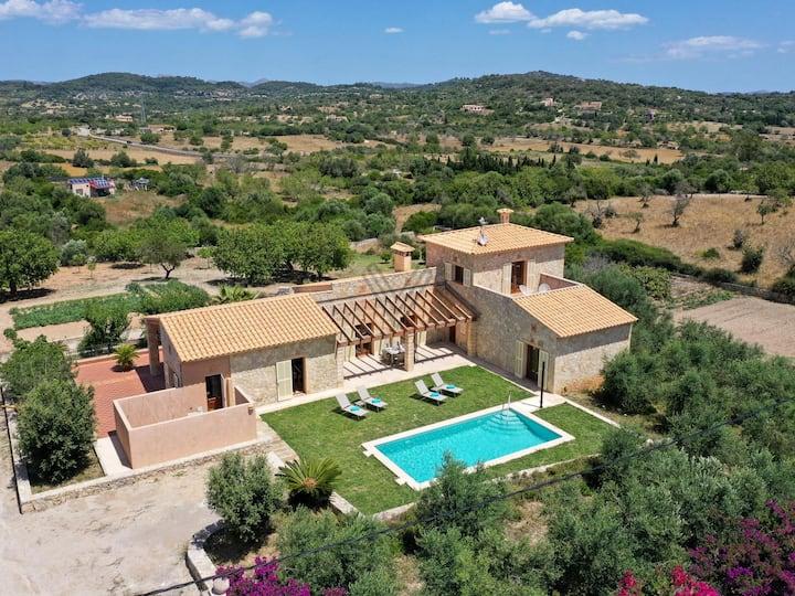 Can Bosco holiday villa for 4 people in Son Servera Majorca
