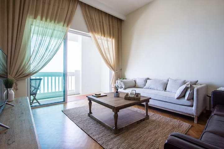 Luxury Seaview Suite in Penang Straits Quay