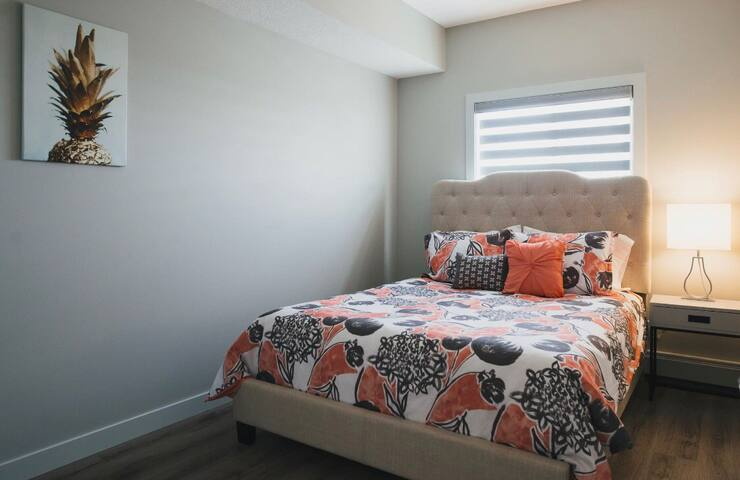 Sweet & Stylish 2 Bed Condo in Westbrook Sleeps 5