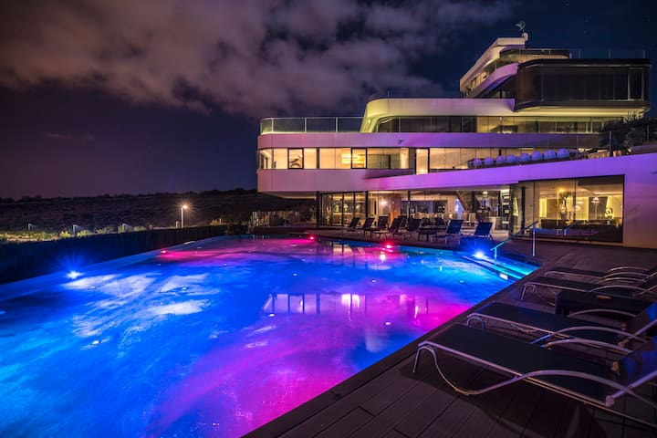 Silverfield Villa with private pools & cinema