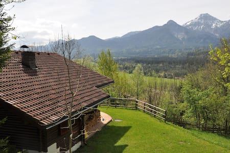 Garantiert gemütlich – Urlaub im Holzblockhaus