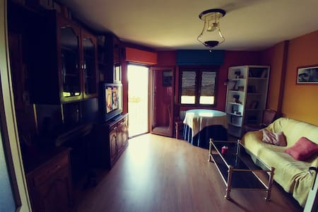 Piso de 3 dormitorios con parking. - Candelario - House