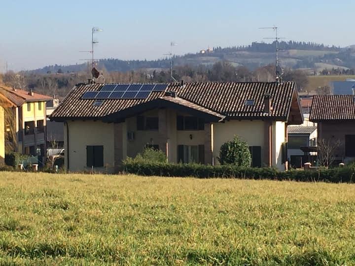 Villa Butik - Stanza privata a Montecavolo RE