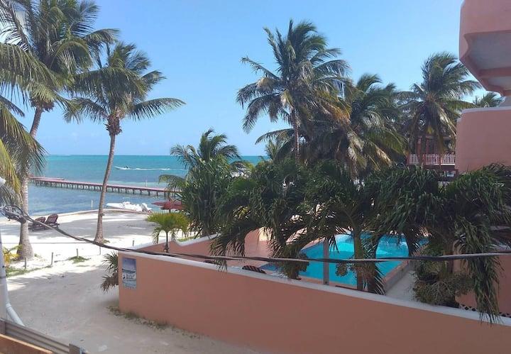Beach Condo Brand New Caye Caulker  33