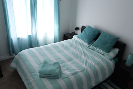Charming, central & cozy big room - Newport - 独立屋