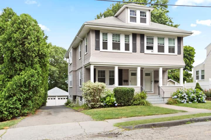Spacious/Modern Home in Greater Boston - 7 Beds