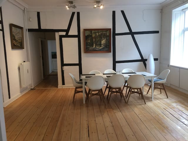 In the middle of the old town - big apartment