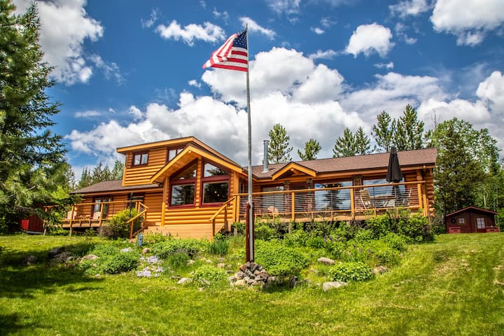 Birch Lake Retreat is a log cabin style home located in the pristine wilderness of Minnesota`s North Woods.